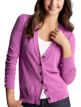 Women: The new V-neck cardigan - rosamunde