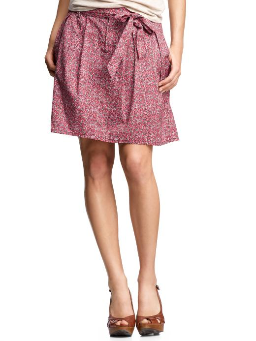 Gap Pleated Floral Skirt