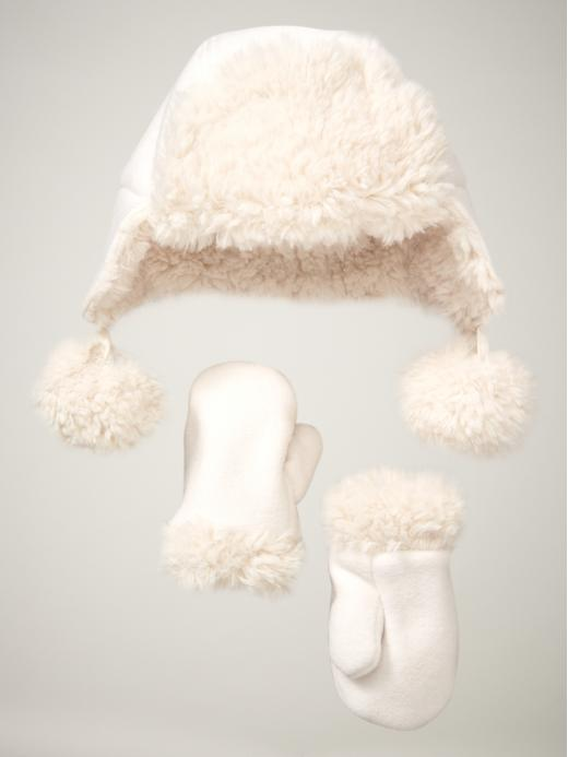 Gap Fuzzy Fleece Hat & Mittens