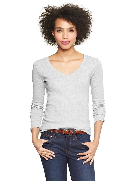 Gap Womens Petite Favorite Long-Sleeved V-Neck Shirt