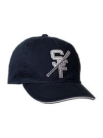 Logo patch baseball hat