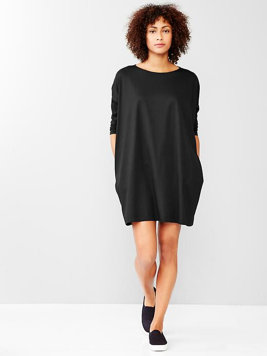 Discover our head turning range of women's dresses at Monsoon. Shop from the ever-flattering wrap dress, & find party, evening and jumper dresses today.