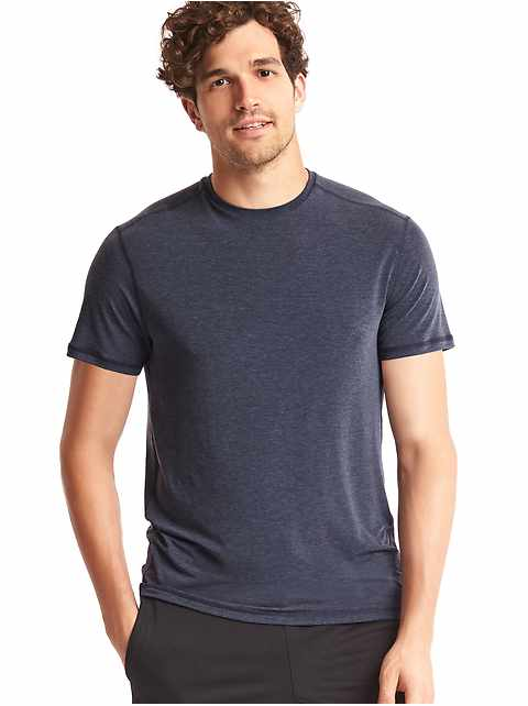 GapFit Breathe Crewneck T-Shirt