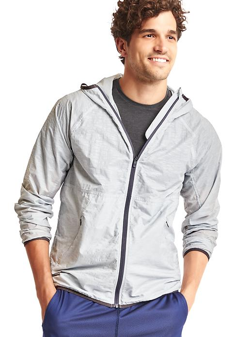 Gap Mens Photoflash Reflective Jacket (Silver/Active Yellow) + Free $25 Gap Cash