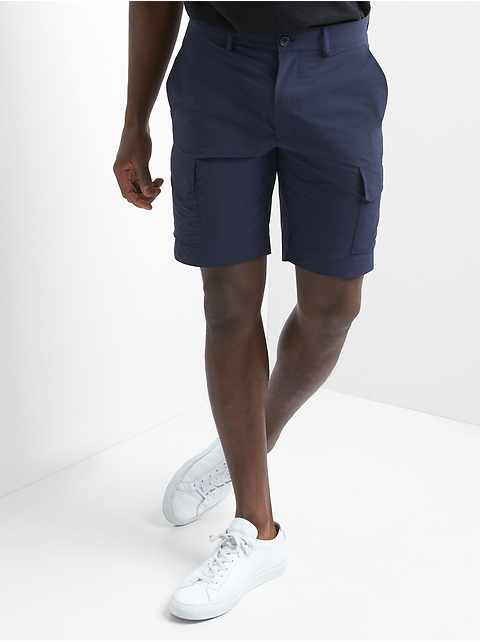 "10"" Lightweight Performance Cargo Shorts"
