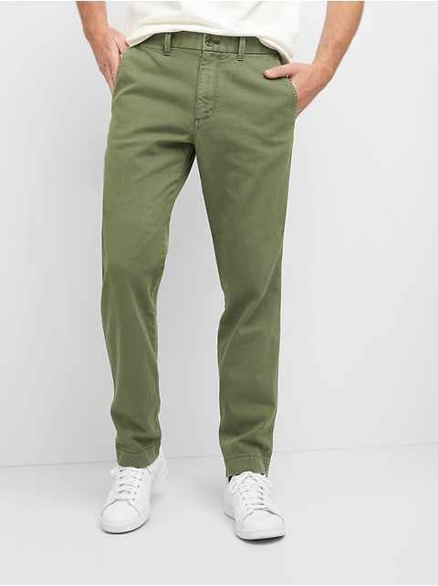 Original Khakis in Athletic Fit