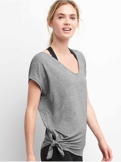 GapFit Breathe Side-Tie T-Shirt