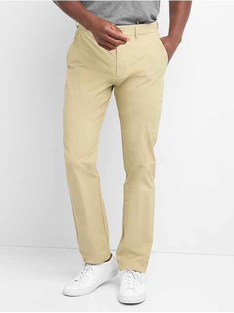 Hybrid Khakis in Slim Fit with GapFlex