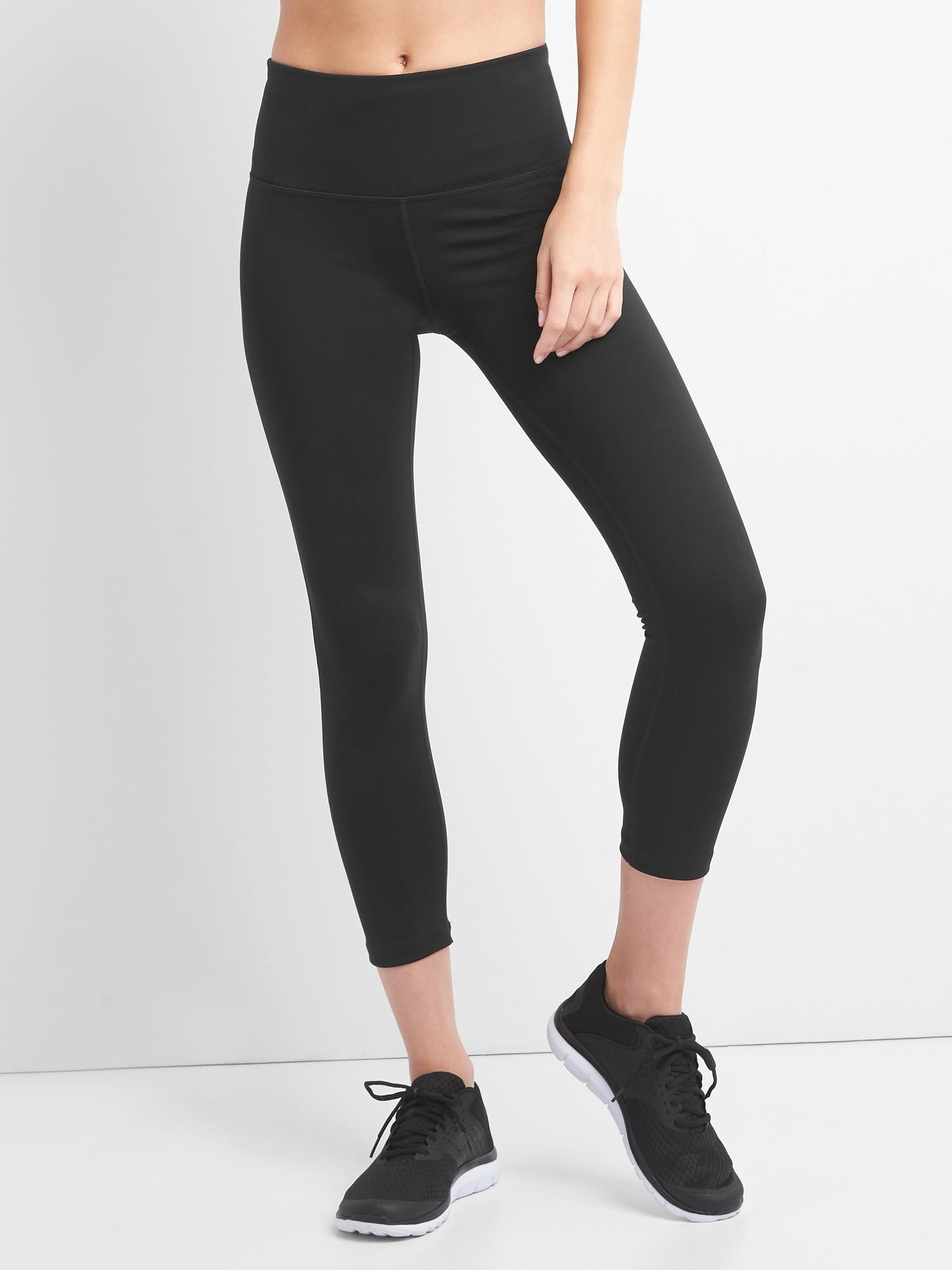 32499621 GapFit High Rise Blackout 7/8 Leggings