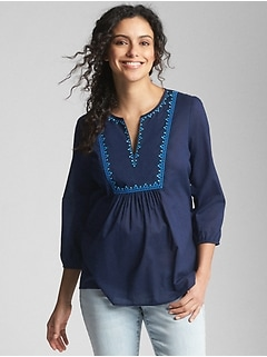 Maternity Three-Quarter Sleeve Embroidered Blouse