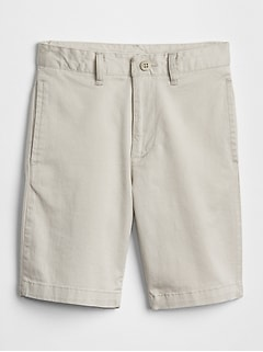 Uniform Khaki Shorts in Stretch