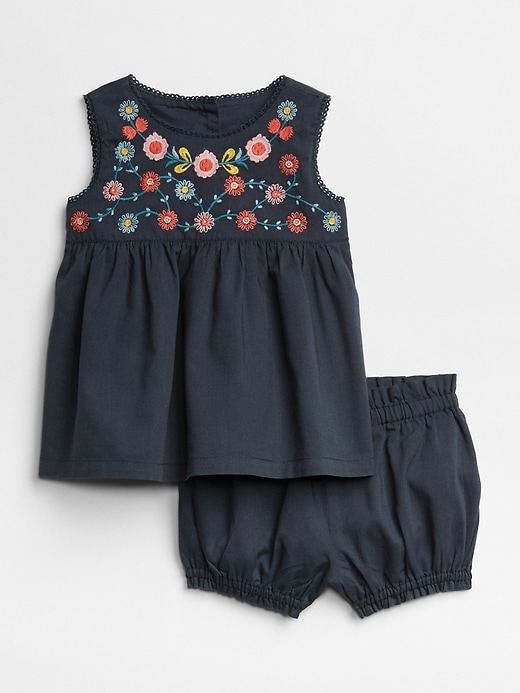 Floral Embroidered Set by Gap