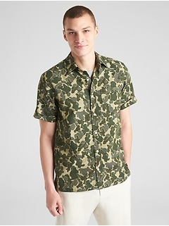Standard Fit Camo Print Short Sleeve Shirt