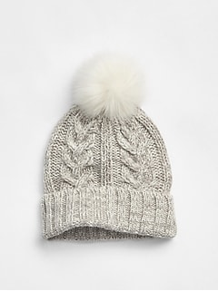 Cable-Knit Pom Beanie