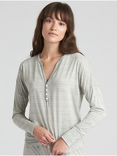 Long Sleeve Print Henley in Modal