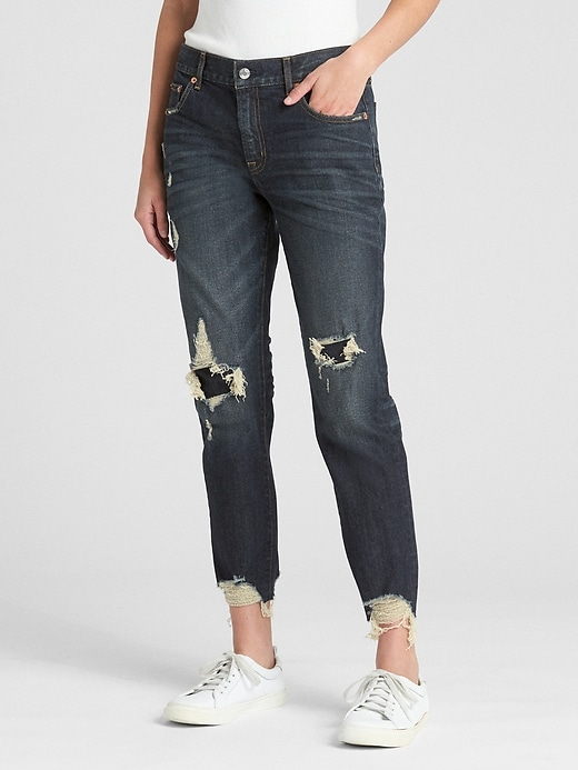 Mid Rise Girlfriend Jeans in Distressed