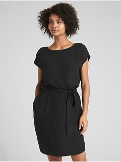 Short Sleeve Tie-Belt Shift Dress