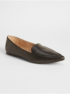 Leather pointed loafers