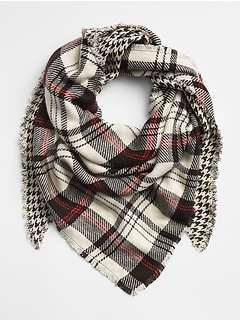 Cozy Plaid Fringe Scarf