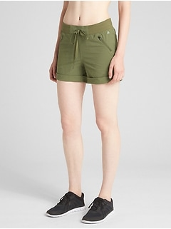"Rec Tech 4"" Hiking Shorts"