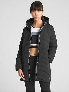 GapFit Lightweight Hooded Puffer Jacket
