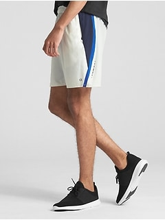 "GapFit 7"" 2-in-1 Core Trainer Shorts"