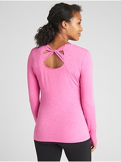 Maternity GapFit Breathe Long Sleeve Cross-Back T-Shirt