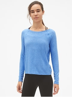 GapFit Breathe Long Sleeve Twist-Back T-Shirt