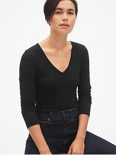 Featherweight Long Sleeve V-Neck T-Shirt