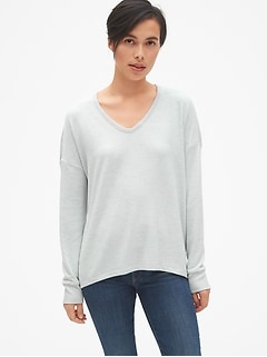 Softspun Mix-Fabric Hi-Lo V-Neck Top
