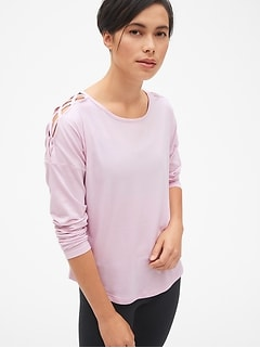 GapFit Long Sleeve Lattice-Shoulder T-Shirt