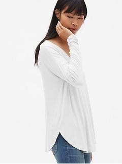 Long Sleeve Open V-Back T-Shirt