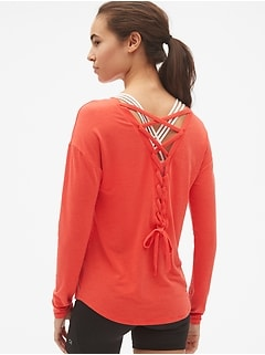 GapFit Breathe Long Sleeve Lace-Up Back T-Shirt