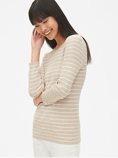 Ribbed Three-Quarter Sleeve Crewneck Pullover Sweater
