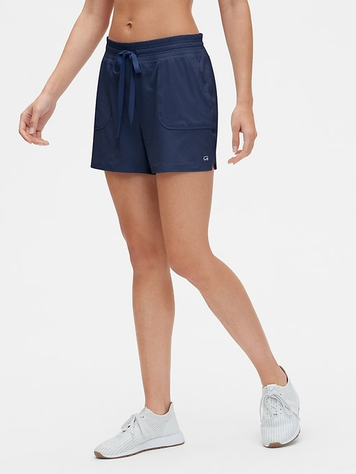 "GapFit 3.5"" Shorts in Brushed Jersey"