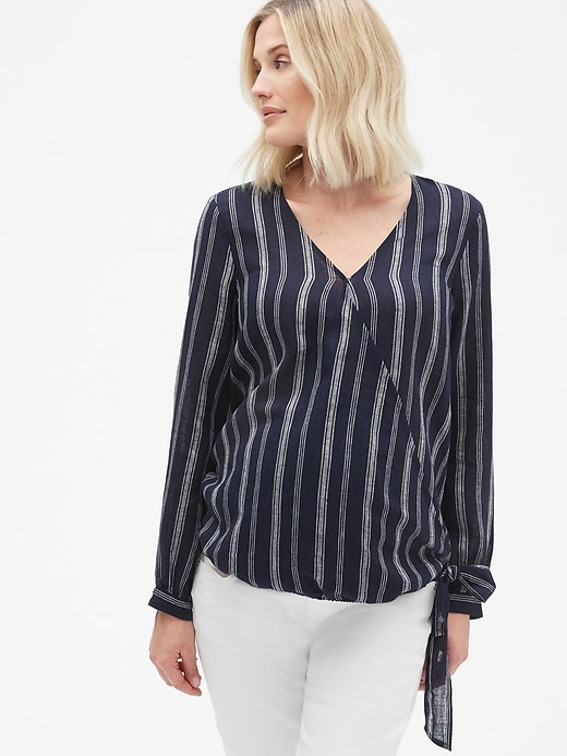 Maternity Wrap Top in Linen