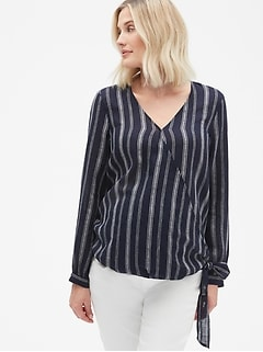 Maternity Long Sleeve Wrap Top in Linen