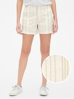 "5"" Girlfriend Stripe Chino Shorts"