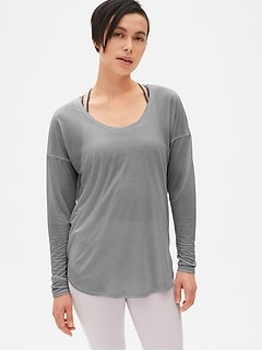 GapFit Breathe Air Double-Layer Cut-Out Top