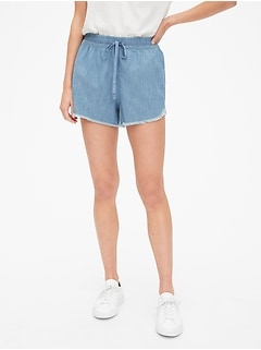 "3"" Drawstring Shorts in Chambray"
