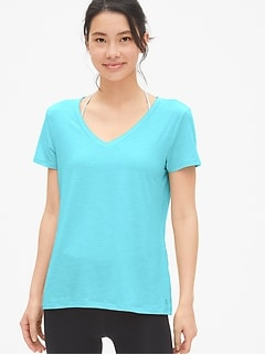 GapFit Breathe V-Neck T-Shirt