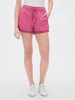 "3.5"" Embroidered Tassel Shorts in Linen-Cotton"