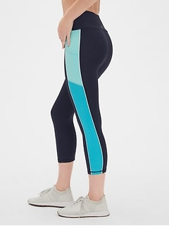 GapFit High Rise Colorblock Capris in Sculpt Revolution