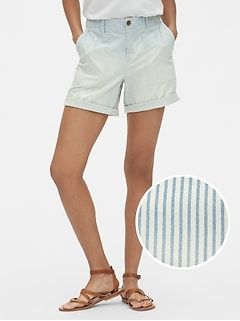 "5"" Girlfriend Chino Shorts in Railroad Stripe"
