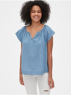 Flutter Sleeve Split-Neck Top in TENCEL™