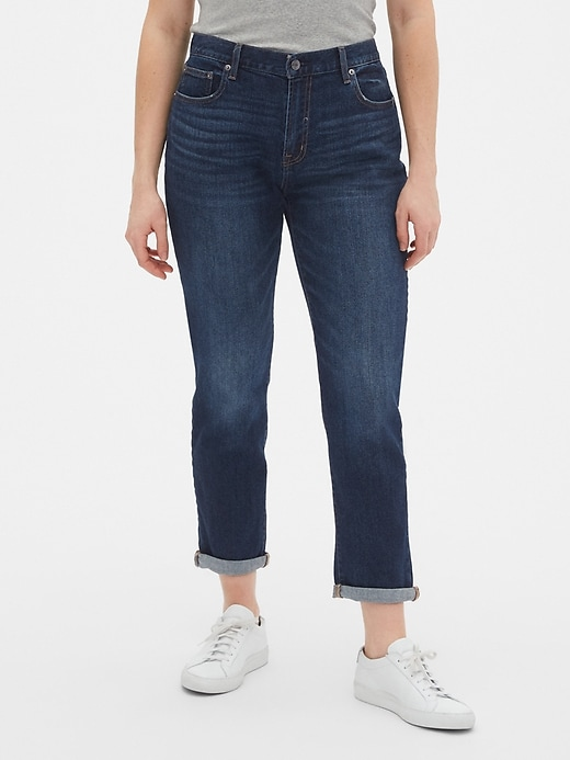Mid Rise Girlfriend Jeans With Washwell&#153