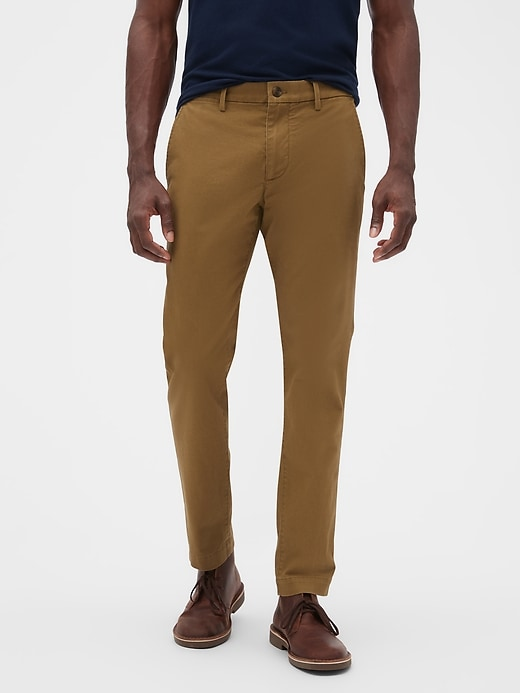 Gap Essential Khakis in Skinny Fit with GapFlex