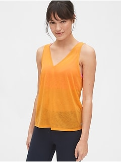 GapFit Tissue V-Neck Tank Top